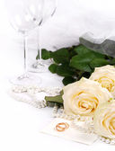 Still life with white roses — Stockfoto