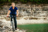 Extreme biking in mountain — Stock Photo