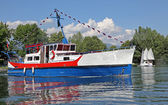 Ship on water basin Liptovska Mara, Slovakia — Stock Photo