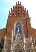 都市クラクフ、ポーランドの歴史的な教会 — ストック写真