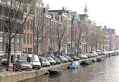 Typical architecture in Amsterdam, Netherlands — Stok fotoğraf
