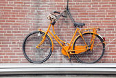 Bike on the house, Delft - Netherlands — Stock Photo