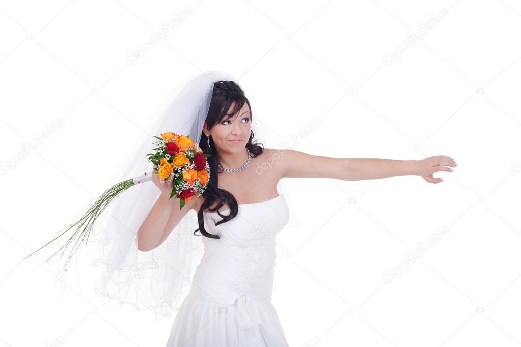 Выбросишь букет невесты свадьбы не будет