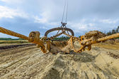Extraction of quartz sand walking excavators. — Stock Photo