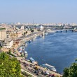 View of the embankment of the Dnieper river in Kiev. — Stock Photo