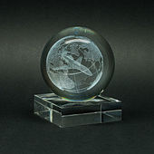 Glass items with volumetric laser engraving. — Stock Photo