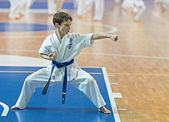 Competition karatekas at the qualification exam. — Stock Photo