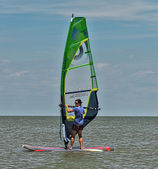 Windsurfing and kitesurfing on the Dolzhanka, Krasnodar region, — Stock Photo