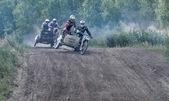 Motocross de verão no território do distrito de ramenskoye, moscow — Fotografia Stock