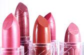 Hellen lippenstift auf weißem hintergrund — Stockfoto