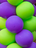 Green and Purple balloons — Zdjęcie stockowe