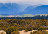Mountains of Fiordland in haze — Stock Photo
