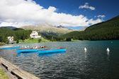 与小船、 伊利诺斯州、 瑞士圣莫里茨湖 — 图库照片