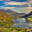 Lake Lungern Valley from Brunig Pass in beautiful autumn weather, Obwalden, Switzerland, HDR — Zdjęcie stockowe