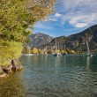 Yachts on the Lake Brienz in beautiful autumn weather, Bernese Highlands, Switzerland, HDR — Stockfoto