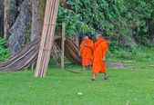 Buddhist monks. Vang Vieng. Laos. — Stock Photo