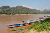 Boats on the Mekong river. Luang Prabang. Laos. — Stock Photo