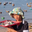 Unidentified young seller in Fishing village. Mui Ne. Vietnam — Stock Photo
