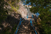 The stairs to the top of Tiger Cave Temple — Stock Photo