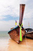Traditional longtail boats on the Railay beach  — Stock Photo