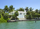 Villa i miami, florida, usa. — Stockfoto