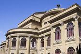 Massimo theater in palermo, italië. — Stockfoto