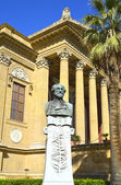 Giuseppe Verdi and Theater Massimo of Palermo, Italy. — Stock Photo