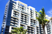 Modern architecture in Miami, Ocean Drive, Florida, USA. — Stock Photo