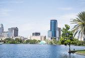 Eola Lake in Orlando downtown, Florida. — Stock Photo