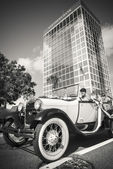 Vintage car in Orlando, Florida — Stock Photo