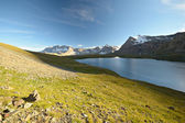 Hoge hoogte alpine meer — Stockfoto