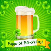 Patrick's Day card with pint of light beer — Stock Vector
