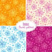 Hand drawn flower seamless patterns set — Stock Vector