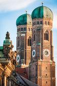 ünlü münih katedrali - liebfrauenkirche — Stok fotoğraf