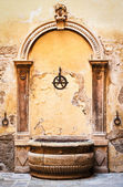 Old well — Stockfoto