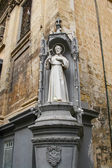 Saint statue, Valletta streets, Malta — Stock Photo
