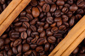 Frame with coffee beans and ceylon cinnamon — Stock Photo