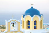 Traditional blue cupola in Santorini — Stock Photo