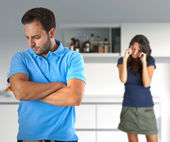 Couple in quarrel for problems related to alcohol — Stock Photo