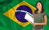 在巴西国旗的女大学生 — 图库照片