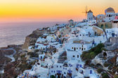 Oia village sunset in Santorini island — Stock Photo