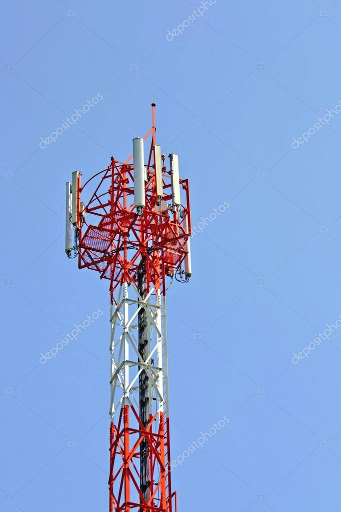 Antenna radio wave transmissions. Bright blue sky. — Stock Photo #17196301