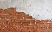 Stare ściany z czerwonej cegły, rozpadł się — Zdjęcie stockowe