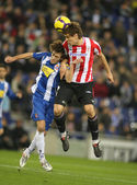 Baena(L) of Espanyol fight with Llorente(R) — Stock Photo