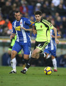 Moises (L) of Espanyol with Arizmendi (R) of Zaragoza — Stock Photo