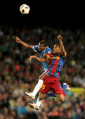 Kale Uche(L) of Almeria fights with Keita(R) of Barcelona — Stock Photo