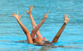 British synchro swimmers Jenna Randall and Olivia Allison — Stock Photo