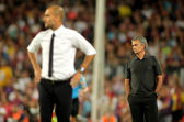 Guardiola of Barcelona and Mourinho of Madrid — Stock Photo