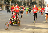 Athlete with mobility disabilities running in Barcelona — Stock Photo