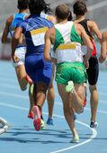 Athleten laufen planmäßig — Stockfoto